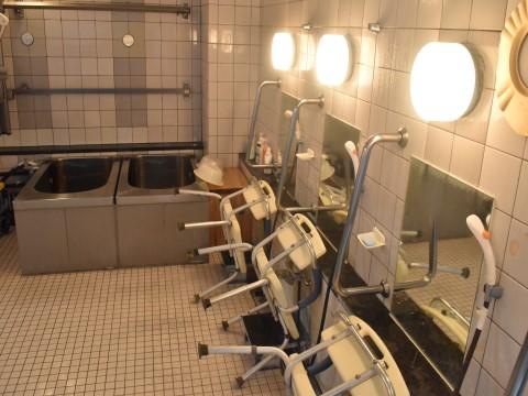 福岡市西区老人ホームハーヴェスト姪浜いこい館機械浴室