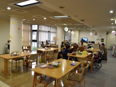 福岡市西区老人ホームハーヴェスト姪浜いこい館食堂